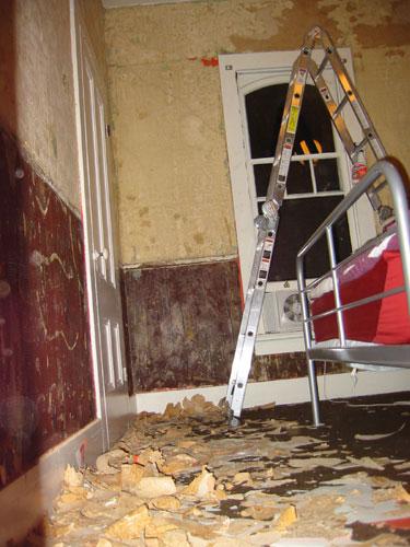 bedroom_repaint_007.jpg