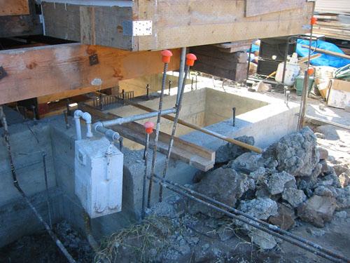 Big chunksa concrete