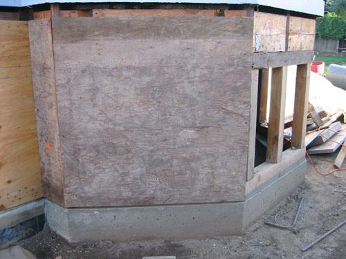 Bay plywood