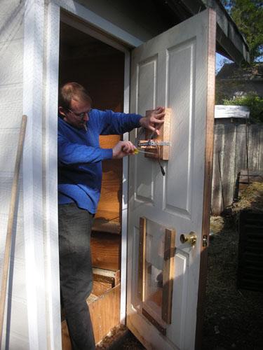 Installing the door lifter