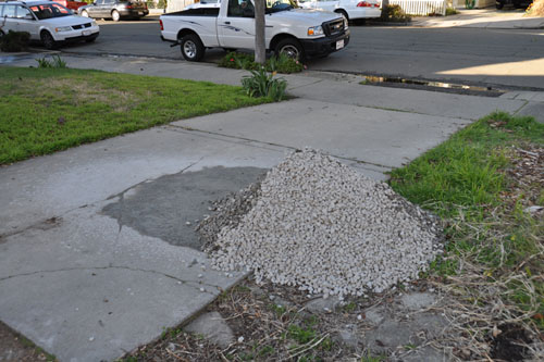 Used-up gravel pile