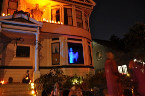 Neumansky haunted house