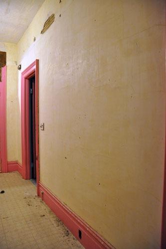 Clean, clean walls