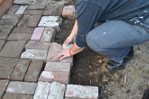Installing a brick landing