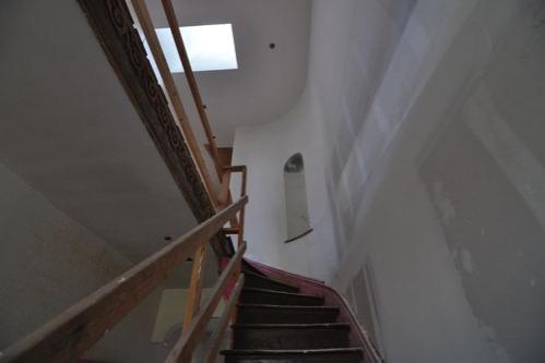 Hallway curve