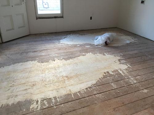 Floor filler in the bedroom