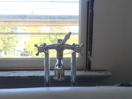 Clawfoot tub plumbing